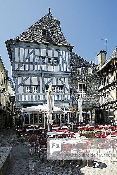France  Bretagne  Dinan  Timber-framed houses and pavement restaurant