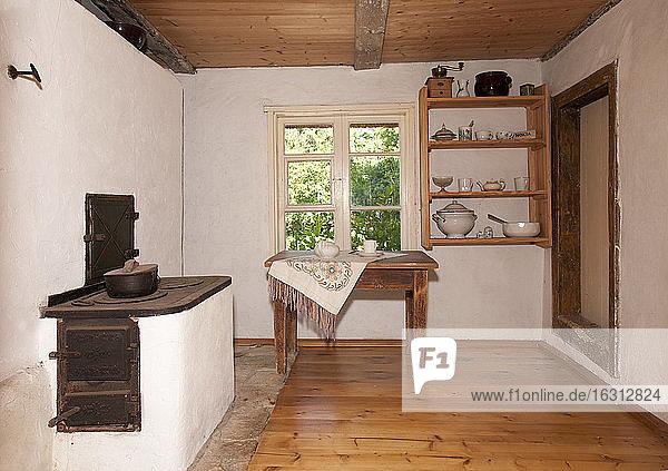 Old Fashioned Kitchen in einem Museum des ländlichen Lebens