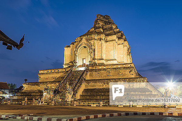 Wat Chedi Luang  Chiang Mai  Northern Thailand  Thailand  Southeast Asia  Asia