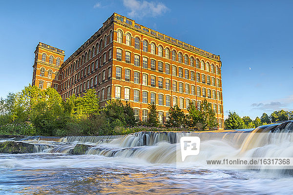 Anchor Mill and waterfall on the River Cart  Paisley  Renfrewshire  Scotland  United Kingdom  Europe