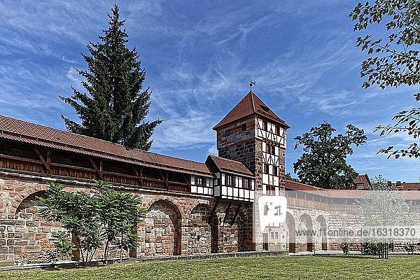 Maxtormauer  Stadtmauer Innenseite  Wehrgang  Wehrturm schwarzes H  Maxtormauer 9  Altstadt St. Sebald  Nürnberg  Mittelfranken  Franken  Bayern  Deutschland  Europa