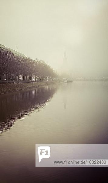 Germany  Hamburg  Alster in fog
