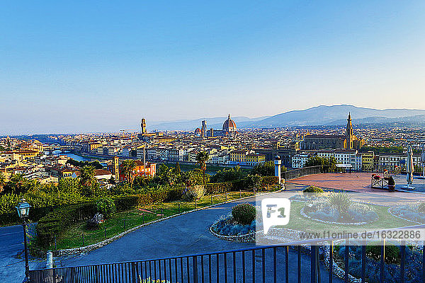 Italy,  Florence,  cityscape as seen from Piazzale Michelangelo