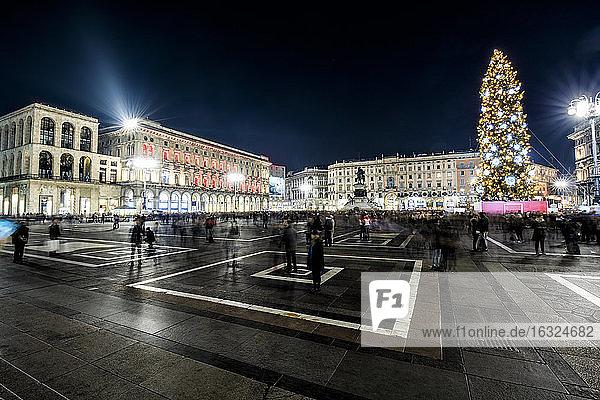 Italy  Milan  Piazza del Duomo at night with Christmas tree