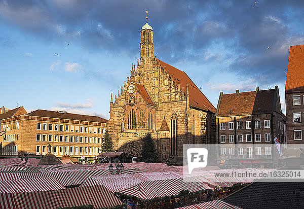 Germany  Nuremberg  view to Church of Our Lady and Christkindlmarkt