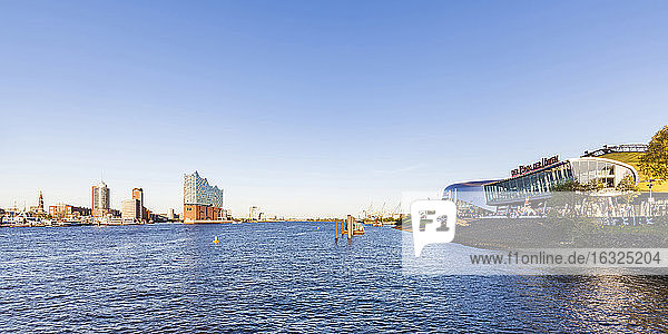 Germany  Hamburg  Stage Theatre and Elbe Philharmonic Hall in the background