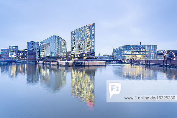 Germany  Hamburg  High-rise office building Ericusspitze  Publishing house Der Spiegel  Brooktorkai in the evening
