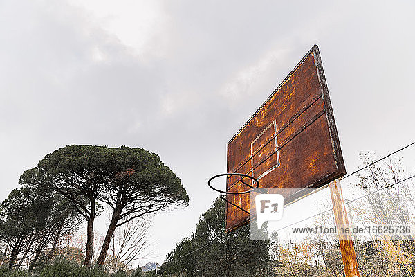 Old rusty basketball hoop