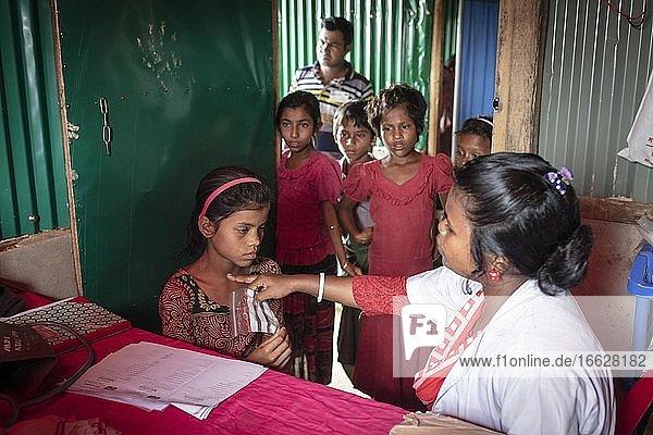 Hospital  camp for Rohingya refugees from Myanmar  Kutupalong  Cox Bazar  Bangladesh  Asia