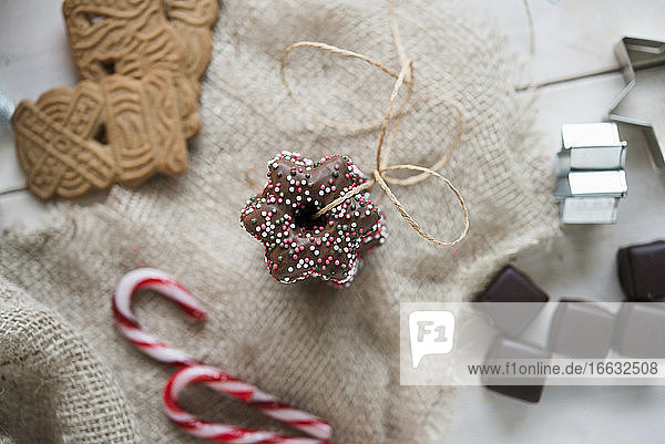 Lebkuchen stars  gingerbread biscuits and Dominosteine (chocolate covered sweets with marzipan and gingerbread)
