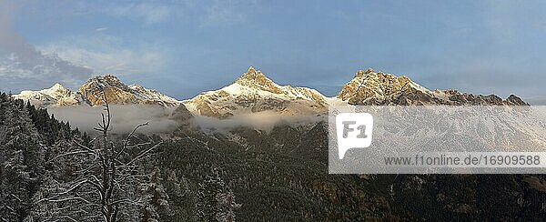 Mont Avic massif  panorama  Mont Avic Natural Park  Aosta Valley  Italy  Europe