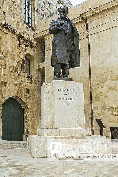 Bronze statue of Pawlu Boffa  Castille Place  Valletta  Malta.