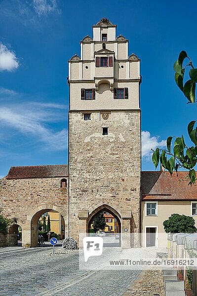 Nördlinger Tor  Dinkelsbühl  Mittelfranken  Bayern  Deutschland  the Nördlinger Tor  Dinkelsbuhl  Central Franconia  Bavaria  Germany 