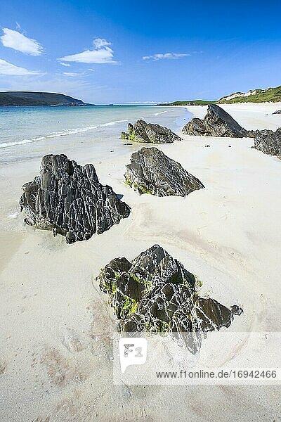 Sandstrand an der Nordküste  Schottland  Großbritannien  Europa