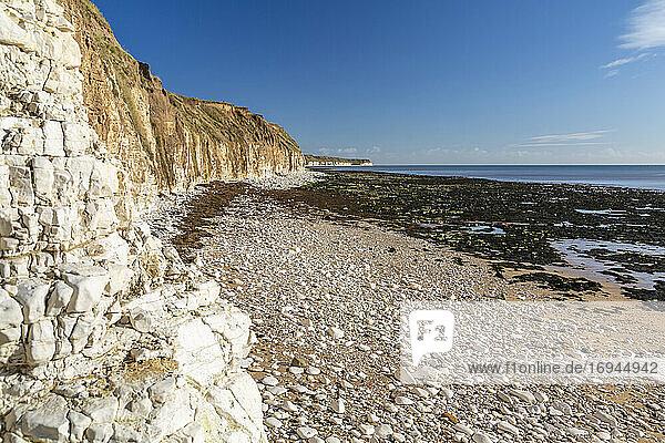 Blick auf Flamborough Head vom North Beach Ufer  Bridlington  North Yorkshire  England  Vereinigtes Königreich  Europa