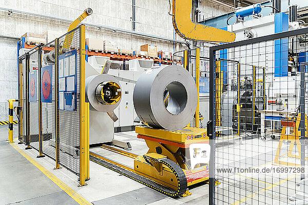 Moderne Maschinen in der Industrie
