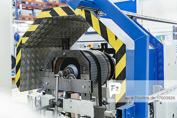 Automatic machine at illuminated industry
