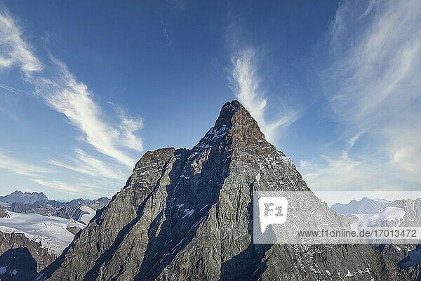 Schweiz  Kanton Wallis  Zermatt  Das Matterhorn  Matterhorn in Schweizer Alpen