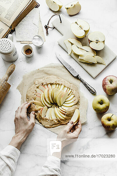 Galette rustic tart with apples