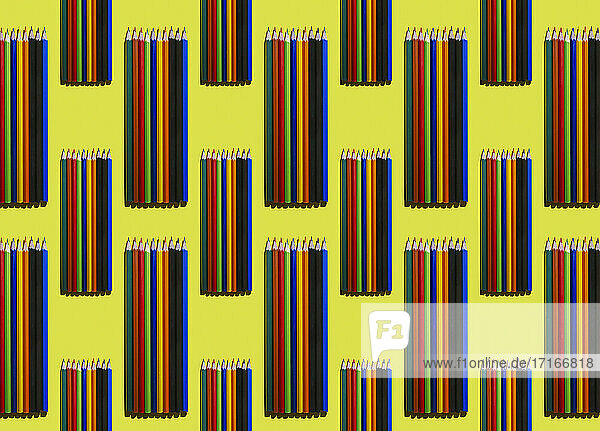 Pattern of rows of colorful pencils