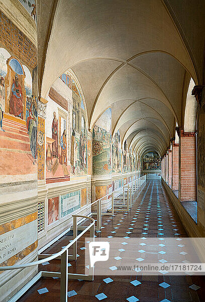 Asciano  Italy  Abbey of Santa Maria of Monte Oliveto Maggiore  the Great Cloister with frescoes depicting the life of St.Benedict painted by Luca Signorelli and Antonio Bazzi
