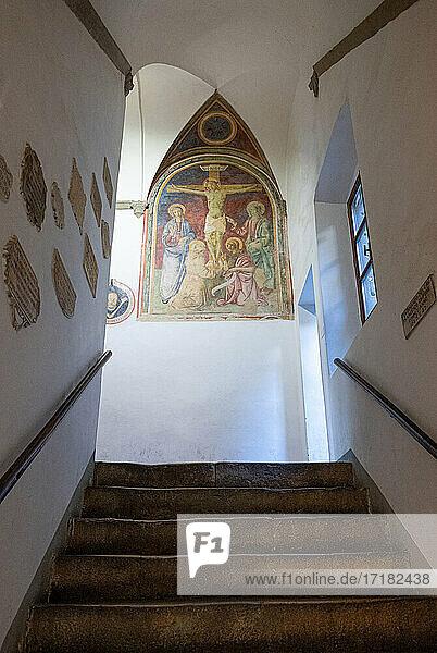 Volterra  Italien  Die Haupteingangstreppe des Dei Priori Palastes