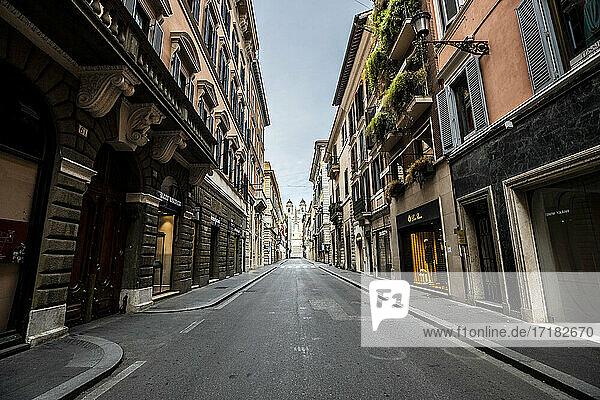 Italien  Latium  Rom  Via dei Condotti