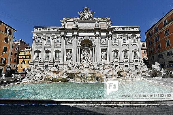Italien  Latium  Rom  Trevi-Brunnen