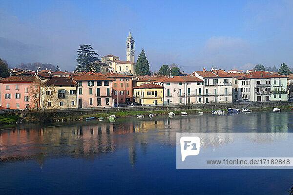 Italien  Lombardei  Provinz Lecco  Ortschaft Brivio  Adda  Fluss