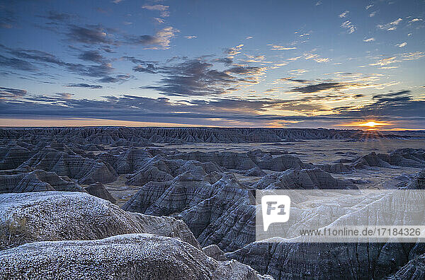 Sunrise over the Badlands  Badlands National Park  South Dakota  United States of America  North America