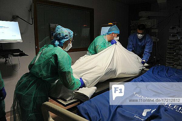 Covid-19 Todesfälle im Krankenhaus