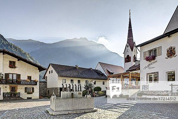 Italien; Suedtirol; Provinz Bozen  Vinschgau  Schnalsta  Karthaus  Italy; Italia; Alto Adige; South Tyrol; Val Venosta; valley; Val Senales  Certosa