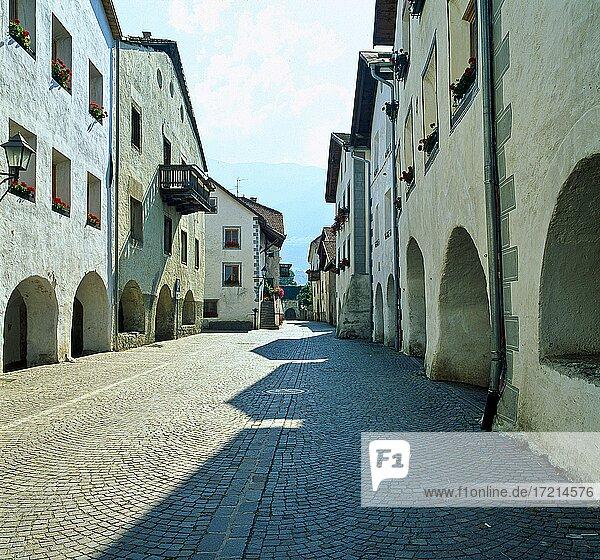 Italien  Suedtirol  Provinz Bozen Vinschgau  Glurns   Italy  Italia  Alto Adige  South Tyrol  Val Venosta  valley  Glorenza