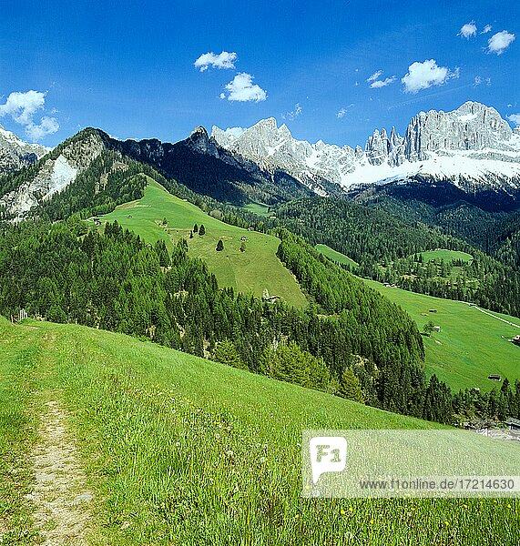 Landschaft  Italien  Europa Südtirol Dolomiten Rosengarten Berge Felsen | Landscape  Italy  Europe  South Tyrol  Dolomites  sunset  mountains  rock  Catinaccio