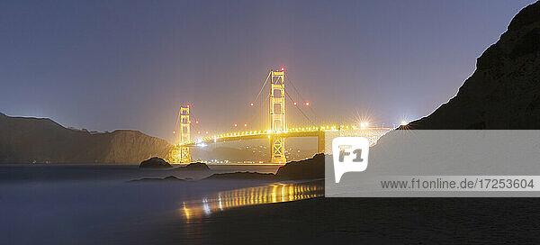 USA  California  San Francisco  Golden Gate Bridge illuminated at night