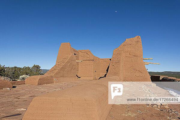 USA  New Mexico  Pecos  Ruinen der spanischen Missionskirche im Pecos National Historical Park