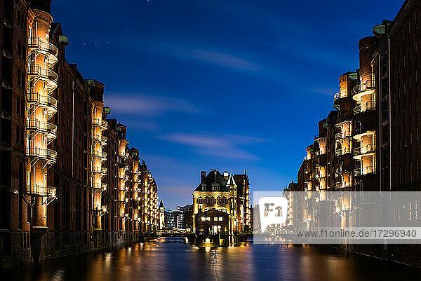Hamburg canal by night