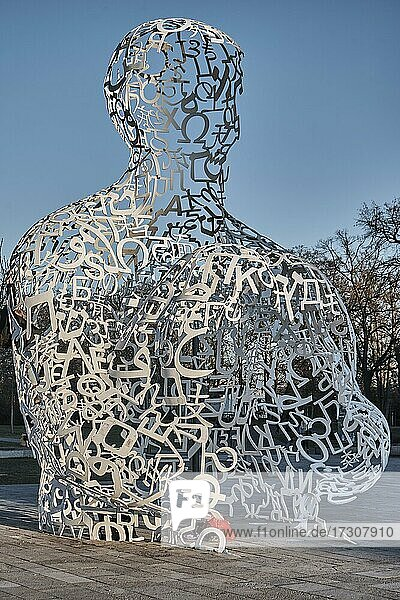 Body of Knowledge  sculpture by Jaume Plensa  Theodor W. Adorno-Platz  Westend Campus  Goethe University  Frankfurt am Main  Germany  Europe