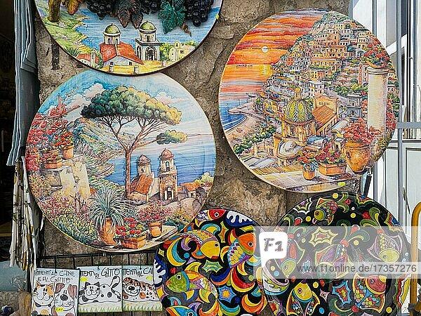 Colourfully painted plates  motifs of the Amalfi Coast  Ravello  Amalfi Coast  Costiera Amalfitana  Salerno Province  Campania  Italy  Europe