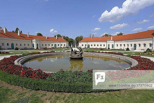 Castle Fountain  Eszterhazy Castle  Fertöd on Lake Neusiedl  Hungary  Europe