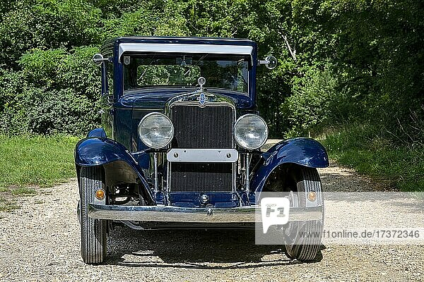 Oldtimer Chevrolet International Serie AC built in 1929  3 gears  3.180 ccm capacity  6 cylinders  46 hp at 2400 RPM  1100 kg weight  view front  Austria  Europe