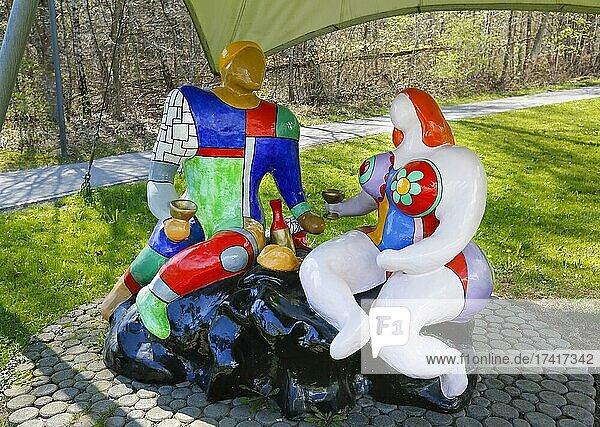 Sculpture Adam and Eve  artist Niki de Saint Phalle  Art Trail  Ulm  Baden-Württemberg  Germany  Europe