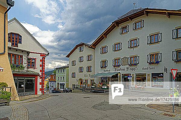 Straßenansicht  Bäckerei Marktcafe Binggl