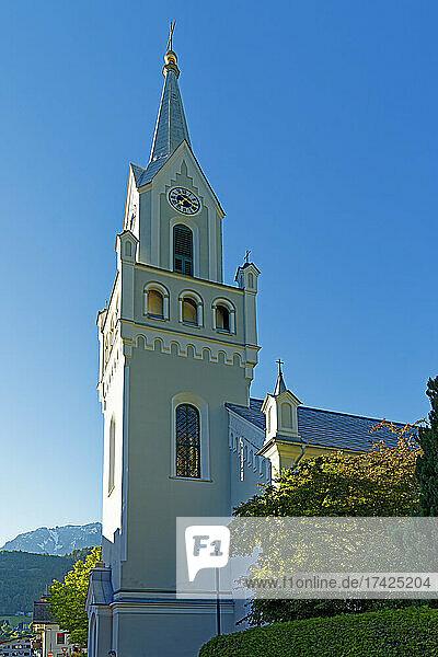 Kirche  Sankt Petrer und Paul  erbaut 1852