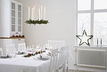 am Tisch essen,Weihnachten,Dekoration,Tisch