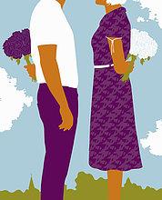 Mann und Frau stehen sich gegenüber mit Blumenstrauß hinter dem Rücken
