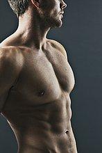 Muskulöser Mann, close-up