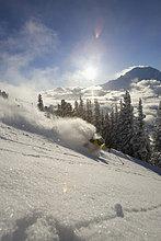 Skifahrer ,Sonnenuntergang ,Gesichtspuder ,tief