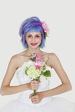 junge Frau,junge Frauen,Portrait,Schönheit,grau,Hochzeit,Hintergrund,Haare färben,Kleid,Haar