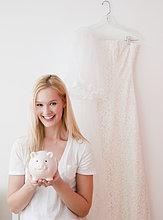 Portrait ,Frau ,Hochzeit ,halten ,jung ,sparen ,Bank, Kreditinstitut, Banken
